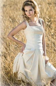 Leinenrock mit Petticoat, Leinenmieder, Mothwurf