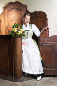Tostmann Hochzeitsdirndl lindgrün