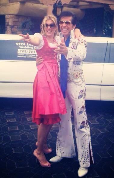 Horny Deluxe Dirndl, Sandtwerk -  Viva las Vegas