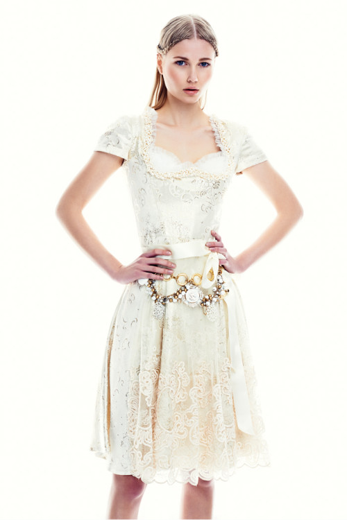 Dirndl White Saphire, Ophelia Blaimer