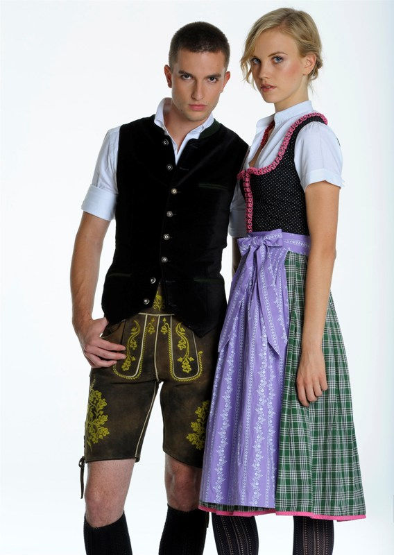 almsach dirndl trachten oktoberfest dirndl junge dirndl mode dirndl online. Black Bedroom Furniture Sets. Home Design Ideas