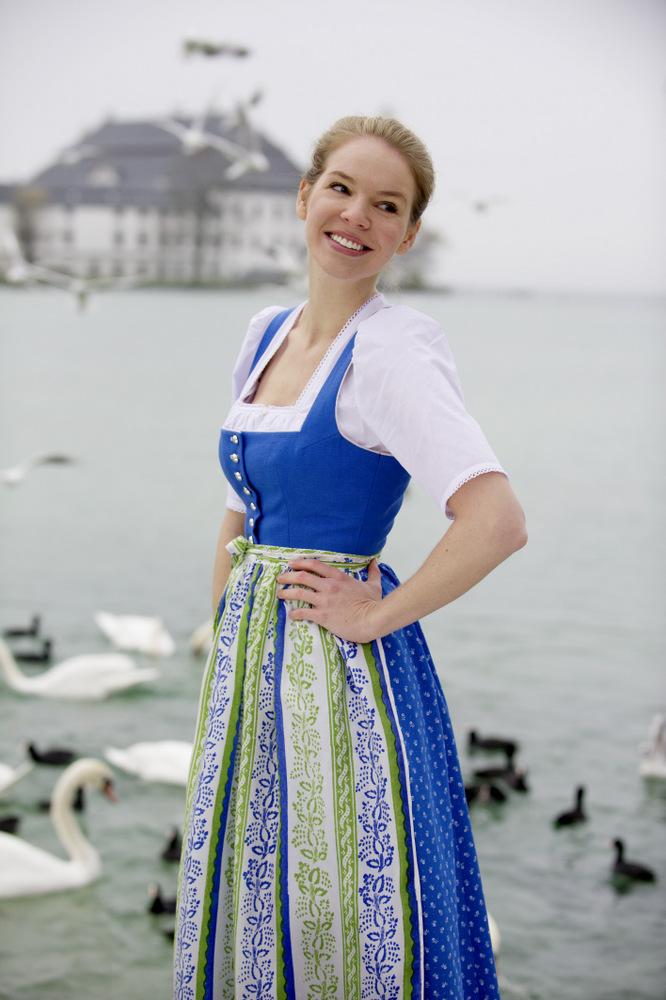 Dirndl Salzburger Blau, Tostmann
