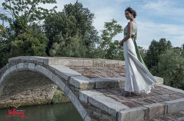 Mothwurf Hochzeitskleid