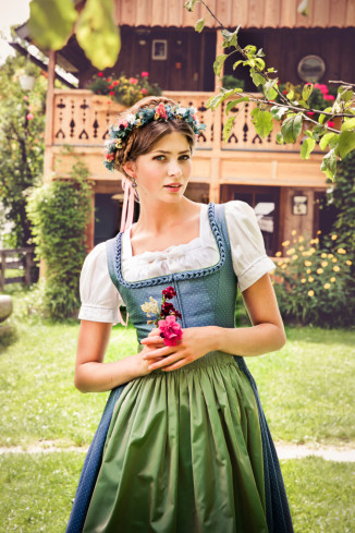 Lena Hoschek Dirndl Frühjahr/Sommer 2015