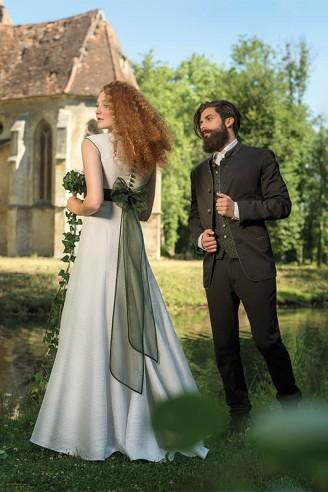 Brautkleid für Trachtenhochzeit