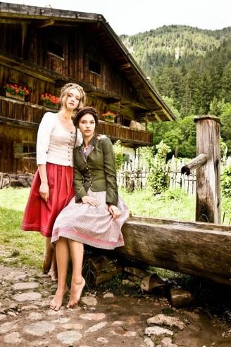 Dirndl mit Jacke - Julia Trentini Dirndl 2017