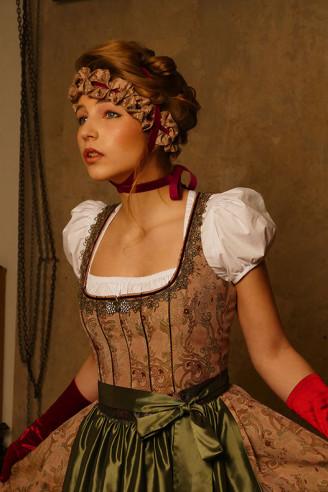 Festliches Dirndl, Hochzeitsdirndl - Dilba Couture Dirndl