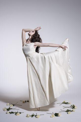 Mothwurf Hochzeitskleid 2018 weiß lang. 1.225,- Euro im Mothwurf online Shop