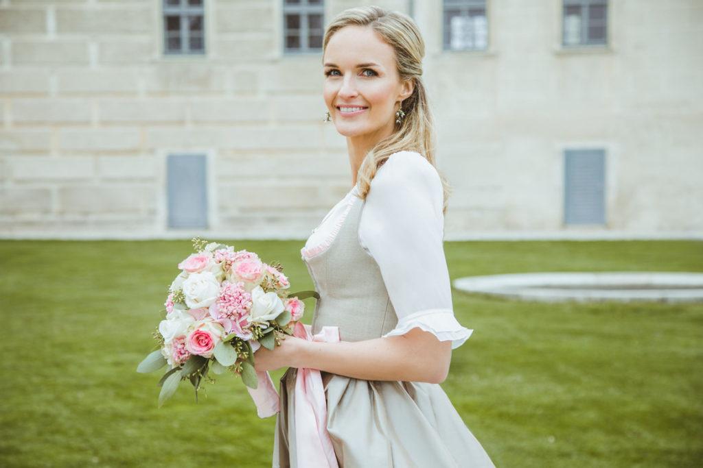 "Brautdirndl ""Moni"" in Jute, Susanne Spatt"