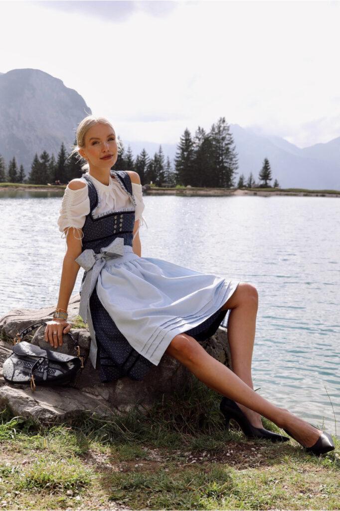 Dirndl Navy, Leonie Hanne Krüger Dirndl